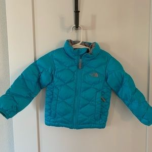 Toddler Girls North Face 550 Puffer Coat - 2T ♥️